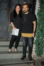 Vir Das at Richa Chadda_s party in Korner house on 23rd Dec 2017 (7)_5a41d39498877.JPG