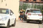 Bipasha Basu Spotted At Gym,Bandra on 2nd Jan 2018 (6)_5a4c7aadabb00.JPG