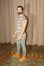 Ashmit Patel at the promotion of Nirdosh in JW Marriott on 4th Jan 2018 (43)_5a4e386767469.JPG