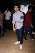 Arjan Bajwa at the Special Screening Of Bengali Film Mayurakshi on 4th Jan 2018 (23)_5a4f15a565623.JPG