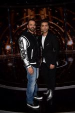 Karan Johar, Rohit Shetty on the set of India_s next superstar on 6th Jan 2018 (28)_5a531daea1588.JPG