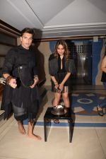 Karan Singh Grover at Bipasha Basu_s Birthday Party in Mumbai on 7th Jan 2018 (81)_5a533819ae197.JPG