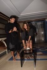 Karan Singh Grover at Bipasha Basu_s Birthday Party in Mumbai on 7th Jan 2018 (89)_5a53382075b46.JPG