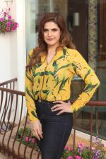 Zareen Khan Spotted Promoting Film 1921 on 6th Jan 2018 (4)_5a5312732662d.JPG