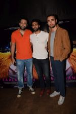 Imran Khan, Akshay Oberoi at the Special Screening Of Film Kaalakaandi on 8th Jan 2018 (40)_5a5452dfa573d.JPG