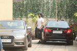 Aditya roy kapoor spotted at ReSet Gym,Bandra on 9th Jan 2018 (7)_5a55b4aa86a85.JPG