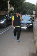 Akshaye Khanna spotted At Khar on 10th Jan 2018 (4)_5a570c9f61ba7.JPG