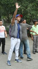 Hrithik Roshan Birthday Celebration With Media on 10th Jan 2018 (3)_5a570108cd382.jpg