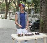 Hrithik Roshan Birthday Celebration With Media on 10th Jan 2018 (4)_5a57010bbff5c.jpg