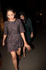 Mira Rajput Spotted At Yaucha Bkc on 13th Jan 2018 (23)_5a5b625fa3aea.JPG