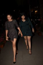 Mira Rajput Spotted At Yaucha Bkc on 13th Jan 2018 (34)_5a5b6281cc755.JPG
