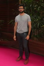 Akshay Oberoi at the Launch Of Missmalini_s First Ever Book To The Moon on 14th JAn 2018 (54)_5a5cac83114fb.jpg