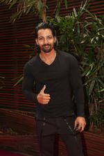 Harshvardhan Rane at the Launch Of Missmalini_s First Ever Book To The Moon on 14th JAn 2018 (33)_5a5cb2ef96175.jpg