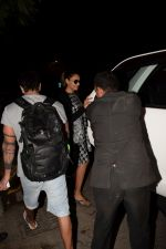 Bipasha Basu, Karan Singh Grover Spotted At Myrah Spa Juhu on 15th Jan 2018 (6)_5a5ed75eeec3c.JPG