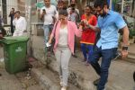 Kajol Spotted At Muaha Salon,Bandra on 15th Jan 2018 (12)_5a5ed7b3ee169.JPG