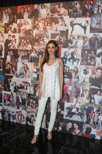 Evelyn Sharma at the Launch Of Dabboo Ratnani Calendar 2018 on 17th Jan 2018 (148)_5a604761816c8.jpg