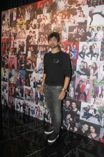 Himesh Reshammiya at the Launch Of Dabboo Ratnani Calendar 2018 on 17th Jan 2018 (138)_5a6047293546f.jpg