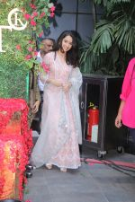 Shraddha Kapoor at the Inaguration of The Wedding Junction show in Sofitel Hotel ,Mumbai on 20th Jan 2018 (2)_5a6589e7ef144.JPG
