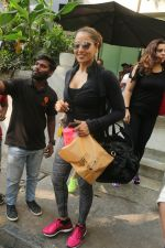 Bipasha Basu Spotted At Kitchen Garden on 23rd Jan 2018 (5)_5a68232dbfc3f.JPG