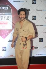 Varun Dhawan at the Red Carpet Of Ht Most Stylish Awards 2018 on 24th Jan 2018 (124)_5a69e774d0ccc.jpg
