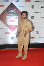 Varun Dhawan at the Red Carpet Of Ht Most Stylish Awards 2018 on 24th Jan 2018 (126)_5a69e77810a3c.jpg