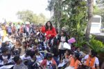 Sushmita Sen Celebrate Republic Day at Rouble Nagi_s Art Camp With Kids on 26th Jan 2018 (67)_5a6c2134cc2fc.JPG