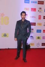 Arjan Bajwa at Mirchi Music Awards in NSCI, Worli, Mumbai on 28th Jan 2018 (64)_5a6ebf7fce204.JPG