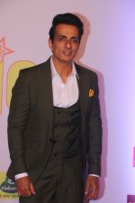 Sonu Sood at Mirchi Music Awards in NSCI, Worli, Mumbai on 28th Jan 2018 (182)_5a6ec1d9da0c4.JPG
