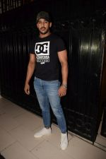 Rohit Reddy at Ekta Kapoor_s party at her juhu home on 29th Jan 2018 (18)_5a7001f3db957.jpg