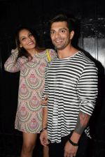 Bipasha Basu, Karan Singh Grover at Ekta Kapoor_s party at her juhu home on 29th Jan 2018 (30)_5a700217981c9.jpg