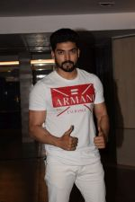 Gurmeet Choudhary at Wrapup party of Film Paltan in Sonu Sood_s house on 29th Jan 2018 (12)_5a6ff5b7280e7.jpg