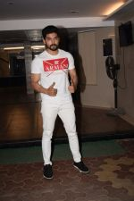 Gurmeet Choudhary at Wrapup party of Film Paltan in Sonu Sood_s house on 29th Jan 2018 (13)_5a6ff5b7c4b20.jpg