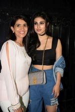 Sonali Kulkarni, Mouni Roy at Ekta Kapoor_s party at her juhu home on 29th Jan 2018 (42)_5a70040ba6263.jpg