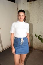 Surveen Chawla at the Screening of The Taste Case on 29th Jan 2018 (6)_5a6ff702d1b5f.jpg