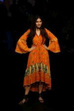 Sapna Pabbi at Lakme Fashion Week 2018 on 31st Jan 2018 (16)_5a72b4ac0588d.JPG