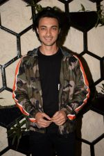 Aayush Sharma at Actor Varun Sharma Birthday Party on 4th Feb 2018 (83)_5a7823dac580c.jpg