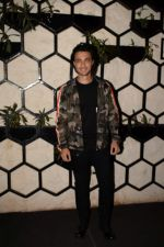 Aayush Sharma at Actor Varun Sharma Birthday Party on 4th Feb 2018 (84)_5a7823db5f078.jpg