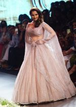 Sania Mirza at Lakme Fashion Week 2018 on 3rd Feb 2018 (1)_5a780fce915de.JPG