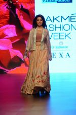 Tisca Chopra at Lakme Fashion Week 2018 on 4th Feb 2018 (36)_5a78133641973.JPG
