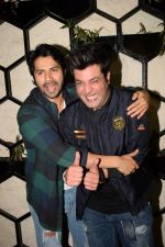 Varun Dhawan at Actor Varun Sharma Birthday Party on 4th Feb 2018 (112)_5a7825e3d3223.jpg