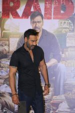 Ajay Devgn at the Trailer launch of film Raid at PVR, Juhu,Mumbai on 5th Feb 2018 (81)_5a796677d3ddc.JPG