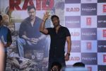Ajay Devgn at the Trailer launch of film Raid at PVR, Juhu,Mumbai on 5th Feb 2018 (82)_5a796678a99b1.JPG