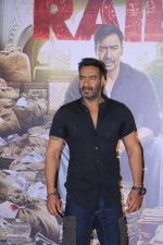 Ajay Devgn at the Trailer launch of film Raid at PVR, Juhu,Mumbai on 5th Feb 2018 (88)_5a79667bedce0.JPG