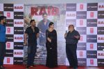 Ajay Devgn, Ileana D_Cruz, Saurabh Shukla at the Trailer launch of film Raid at PVR, Juhu,Mumbai on 5th Feb 2018 (52)_5a79668012f3f.JPG