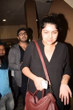 Arjun Kapoor, Anshula Kapoor spotted at pvr juhu on 6th Feb 2018 (51)_5a7a99dc2e87d.JPG