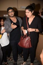 Arjun Kapoor, Anshula Kapoor spotted at pvr juhu on 6th Feb 2018 (56)_5a7a99ff8a36b.JPG