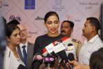 Deepika Padukone at Red Carpet Of Volare Awards 2018 on 9th Feb 2018 (84)_5a7e99ab3dc68.JPG