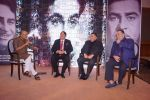 Randhir Kapoor, Rishi Kapoor, Rajiv Kapoor at The Raj Kapoor Awards For Excellence In Entertainment on 14th Feb 2018 (29)_5a859992765c7.jpg