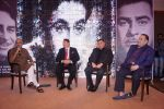 Randhir Kapoor, Rishi Kapoor, Rajiv Kapoor at The Raj Kapoor Awards For Excellence In Entertainment on 14th Feb 2018