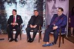 Randhir Kapoor, Rishi Kapoor, Rajiv Kapoor at The Raj Kapoor Awards For Excellence In Entertainment on 14th Feb 2018 (32)_5a859967b366e.jpg